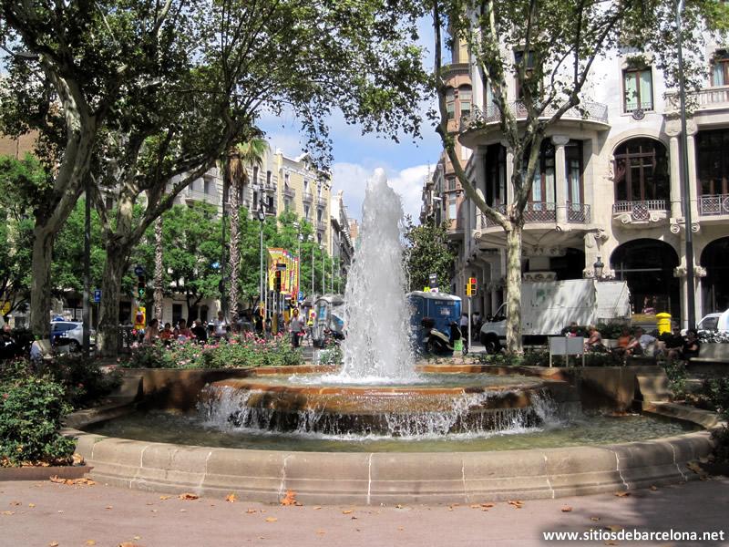 Jardines de salvador espriu sitios de barcelona - Casa con jardin barcelona ...